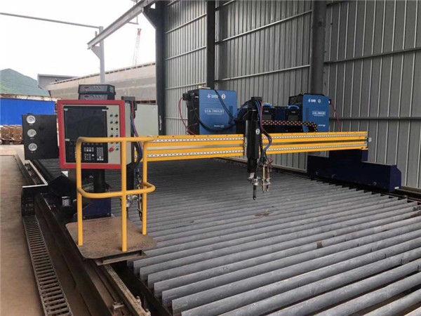 Máy cắt plasma CNC tự động Lái xe đôi 4m Span 15m Đường ray
